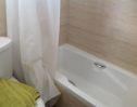 88 Brookside bath tub