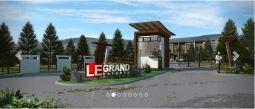 Le Grand entrance