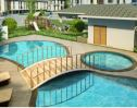 Brentwood Condo pool